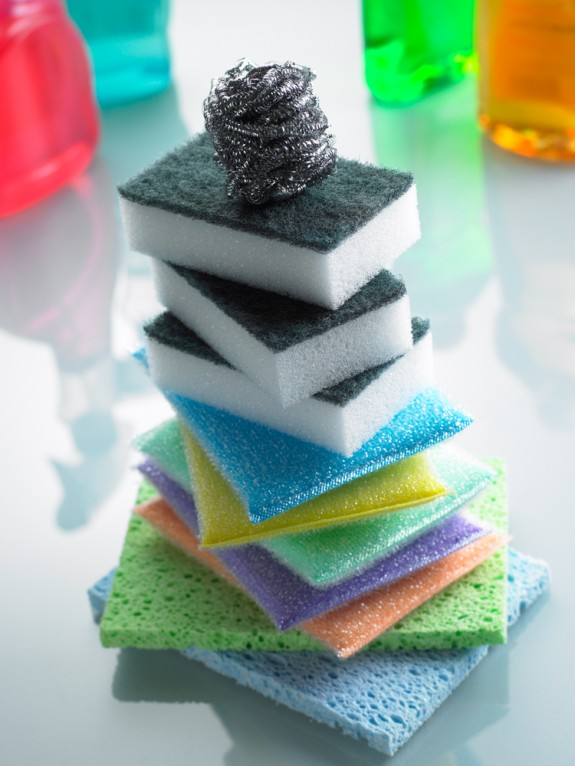 How to clean sponges and dishcloths