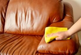 Как почистить кожаный диван и удалить пятна с мебели из кожи?