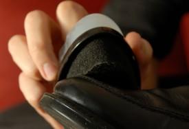 Как ухаживать за обувью и защитить ее от снега и дождя