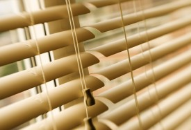 How To Clean Vertical Blinds Cleanipedia