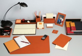How to Tidy Up Your Desk