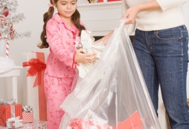 How to Clean a House During and After Christmas