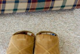 ¿Cómo limpiar zapatos de gamuza?