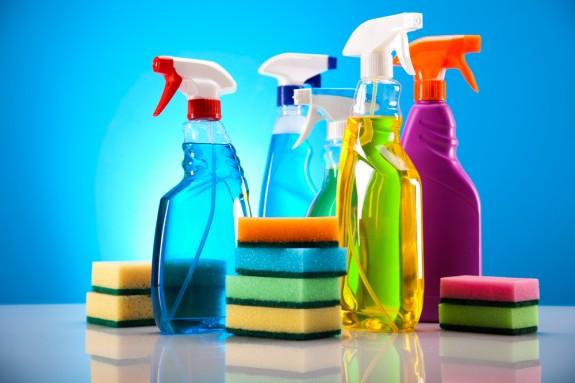 Productos de limpieza multiuso cleanipedia - Limpiar bano a fondo ...