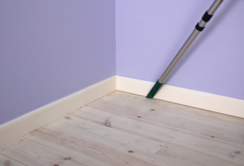 How To Clean Painted Walls Skirting Boards Cleanipedia