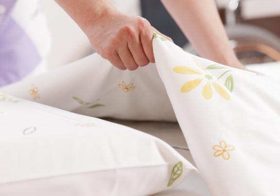 cara membersihkan kamar tidur jasa rumah
