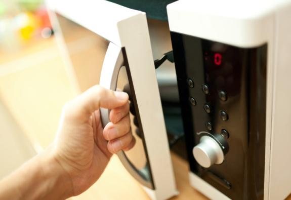 Cara Membersihkan Peralatan Dapur Bersihbersih