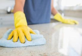 Jak czyścić i dezynfekować powierzchnie kuchenne