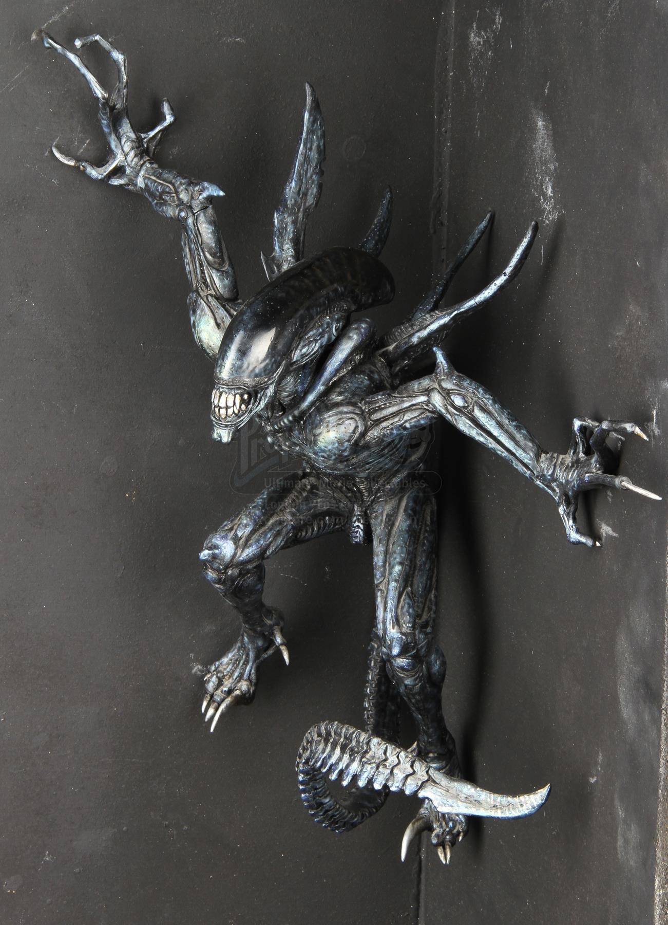 The master AVP:R Wolf predator maquette from ADI Studios