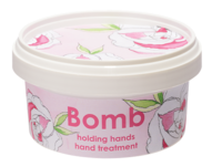 Holding hands hand care bomb cosmetics www sajovi nl
