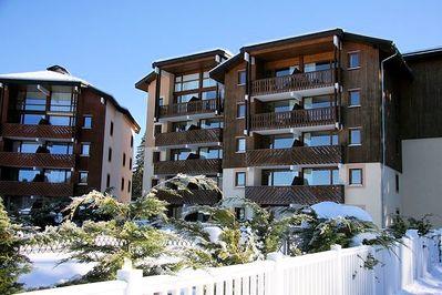 Résidence Le Buet: BUITENKANT RESIDENCE LE BUET MORILLON LE GRAND MASSIF WINTERSPORT FRANKRIJK SKI SNOWBOARD RAQUETTES SCHNEESCHUHLAUFEN LANGLAUFEN WANDELEN INTERLODGE