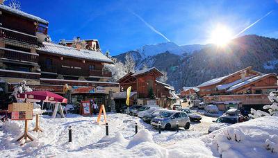 Champagny en Vanoise: CHAMPAGNY EN VANOISE CENTRE PARADISKI WINTERSPORT FRANKRIJK SKI SNOWBOARD RAQUETTES LANGLAUFEN WANDELEN INTERLODGE