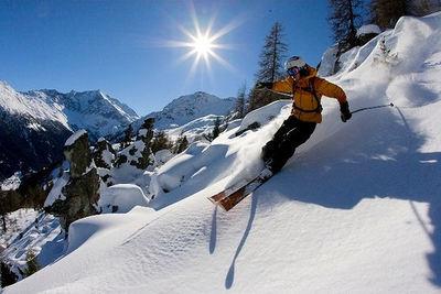 Les Quatre Vallées: LES QUATRE VALLEES NENDAZ ZWITSERLAND WINTERSPORT SKI SNOWBOARD RAQUETTE SCHNEESCHUHLAUFEN LANGLAUFEN WANDELEN INTERLODGE