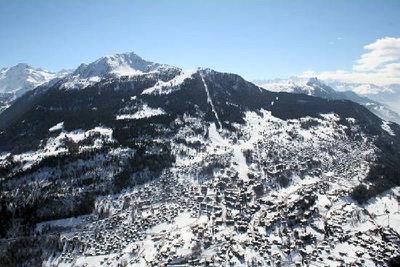 Haute Nendaz: HAUTE NENDAZ LES QUATRE VALLEES ZWITSERLAND WINTERSPORT SKI SNOWBOARD RAQUETTE SCHNEESCHUHLAUFEN LANGLAUFEN WANDELEN INTERLODGE
