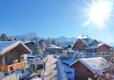 Villars: DORP VILLARS ZWITSERLAND WINTERSPORT SKI SNOWBOARD RAQUETTE SCHNEESCHUHLAUFEN LANGLAUFEN WANDELEN INTERLODGE