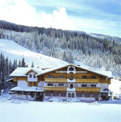 Hotel Alpenblick: ALPENBLICK SALZBURGER SPORTWELT AMADE WINTERSPORT OOSTENRIJK SKI SNOWBOARD RAQUETTES SCHNEESCHUHLAUFEN LANGLAUFEN WANDELEN INTERLODGE