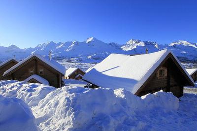 La Joue du Loup: DEVOLUY LA JOUE DU LOUP WINTERSPORT FRANKRIJK SKI SNOWBOARD RAQUETTES SCHNEESCHUHLAUFEN LANGLAUFEN WANDELEN INTERLODGE