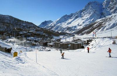 Breuil-Cervinia : BREUIL CERVINIA ITALIE WINTERSPORT SKI SNOWBOARD RAQUETTES SCHNEESCHUHLAUFEN LANGLAUFEN WANDELEN INTERLODGE