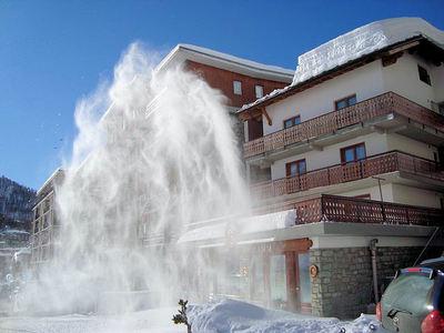 Hotel Lyskamm: buitenkant-hotel-lyskamm-breuil-cervinia-wintersport-italie-interlodge