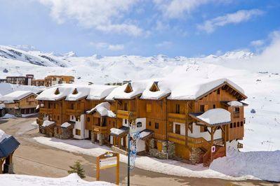 Le Chalet de la Lombarde / Montagnettes: BUITENKANT LE CHALET DE LA LOMBARDE VAL THORENS LES TROIS VALLEES WINTERSPORT FRANKRIJK SKIEN SNOWBOARDEN LANGLAUF INTERLODGE