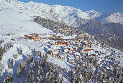 La Rosière: DORP LA ROSIERE PANORAMA ESPACE SAN BERNARDO WINTERSPORT FRANKRIJK SKI SNOWBOARD RAQUETTES SCHNEESCHUHLAUFEN LANGLAUFEN WANDELEN INTERLODGE