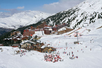 Arc 2000: ARC 2000 PARADISKI WINTERSPORT FRANKRIJK SKI SNOWBOARD RAQUETTES LANGLAUFEN WANDELEN INTERLODGE