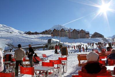 Valmeinier: AAN DE PISTE VALMEINIER 1800 DOMAINE GALIBIER THABOR WINTERSPORT FRANKRIJK SKI SNOWBOARD RAQUETTES LANGLAUFEN WANDELEN INTERLODGE