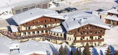 Hotel Ursprung: BUITENKANT HOTEL URSPRUNG KONIGSLEITEN ZILLERTAL ARENA WINTERSPORT OOSTENRIJK SKI SNOWBOARD SCHNEESCHUHLAUFEN LANGLAUFEN WANDELEN INTERLODGE