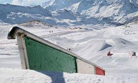 BREUIL CERVINIA BOARDERPARK MATTERHORN SKIPARADISE WINTERSPORT VAKANTIE ITALIË SKI SNOWBOARD RAQUETTE SCHNEESCHUHLAUFEN LANGLAUFEN WANDELEN INTERLODGE