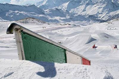 Italie: BREUIL CERVINIA BOARDERPARK MATTERHORN SKIPARADISE WINTERSPORT VAKANTIE ITALIË SKI SNOWBOARD RAQUETTE SCHNEESCHUHLAUFEN LANGLAUFEN WANDELEN INTERLODGE