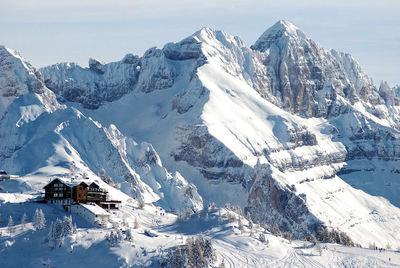 Mezzana: AFBEELDING SKIGEBIED SKIRAMA DOLOMITI MEZZANA MARILLEVA ITALIE WINTERSPORT SKI SNOWBOARD RAQUETTES SCHNEESCHUHLAUFEN LANGLAUFEN WANDELEN INTERLODGE