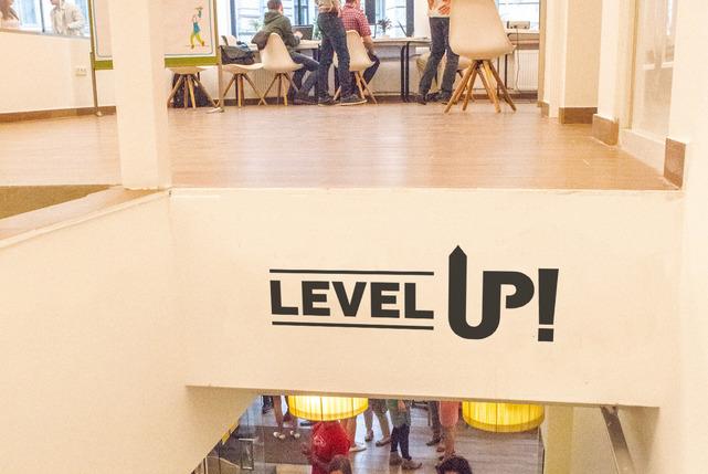 Level%20up%20ke%cc%81p carousel