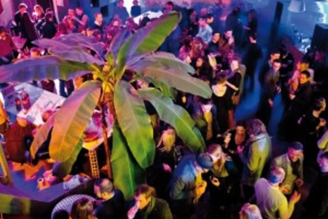 Thcar evenement galerie soiree mix en bouche salle 150x150%402x 1 carousel