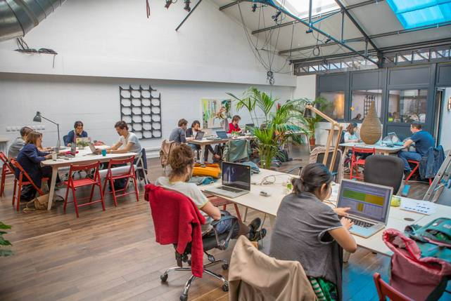 Volumes%20coworking%2014 carousel