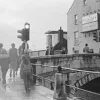 Photoshoot_Quare_Times_1984_Crossing_the_Bridge[1].jpg