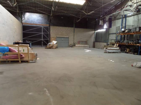 Location entrep t ch lons en champagne 51000 for Location garage chalons en champagne