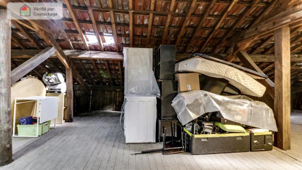 Box de stockage 30 m3 bi vres for Garde meuble essonne