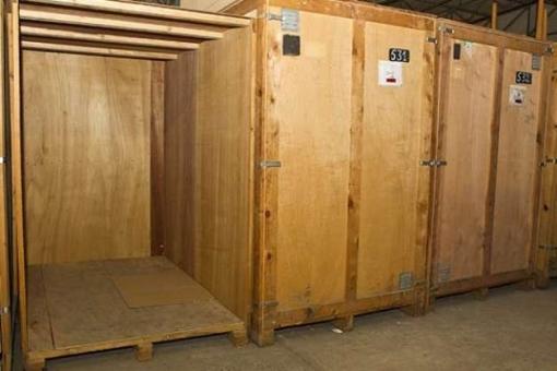 location entrep t le ch teau d 39 olonne 85180. Black Bedroom Furniture Sets. Home Design Ideas
