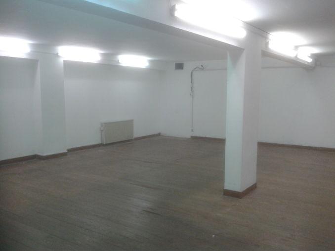 2m2 de stockage dans local s curis en location toulon 83000. Black Bedroom Furniture Sets. Home Design Ideas