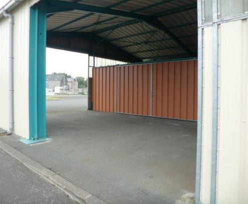 Location 10 m dans un garage pontorson 50170 for Stocker meuble dans garage