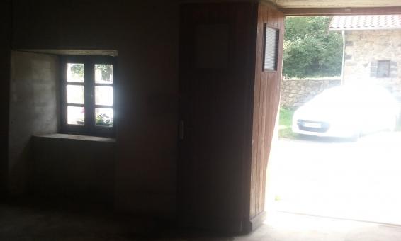 Location 10m2 dans un garage s curis jullianges 43500 for Stocker meuble dans garage