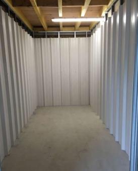 Box de stockage en location de Alcime à  Caudan