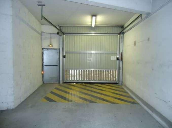 location box garage arpajon 91290. Black Bedroom Furniture Sets. Home Design Ideas