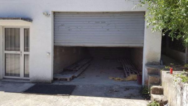 Box louer 5m dans un garage marcoussis 91460 for Garde meuble essonne