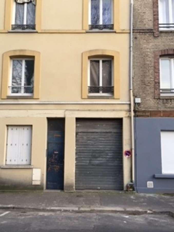 Box louer box garage le havre 76600 for Garage capsi le havre