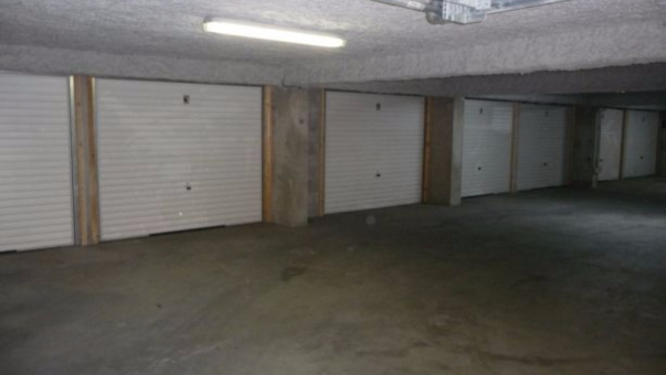 Location box box garage perpignan 66100 for Location garage box