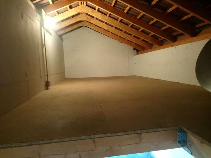 Location box garage publier 74500 for Location garage garde meuble