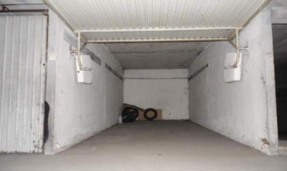 location box box garage strasbourg 67200. Black Bedroom Furniture Sets. Home Design Ideas