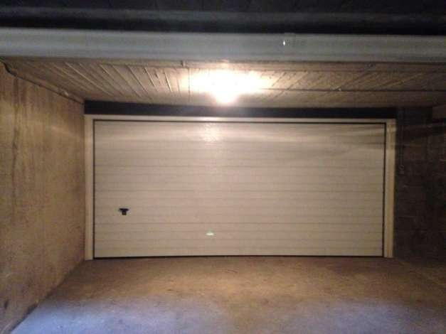 Location box garage nantes 44100 for Location box garage agde