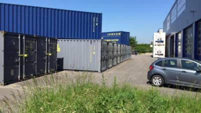 Location Container 14m2 à Évry (91000) <br> <br>